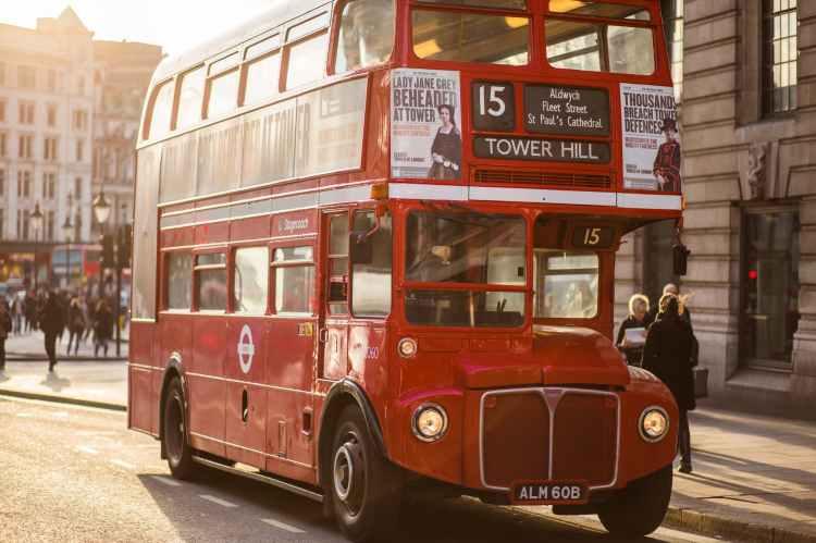light cars traffic bus